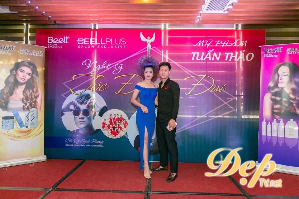 NTMT Thanh Bình nhận giải thưởng Nghệ sỹ tài năng nhất 2019