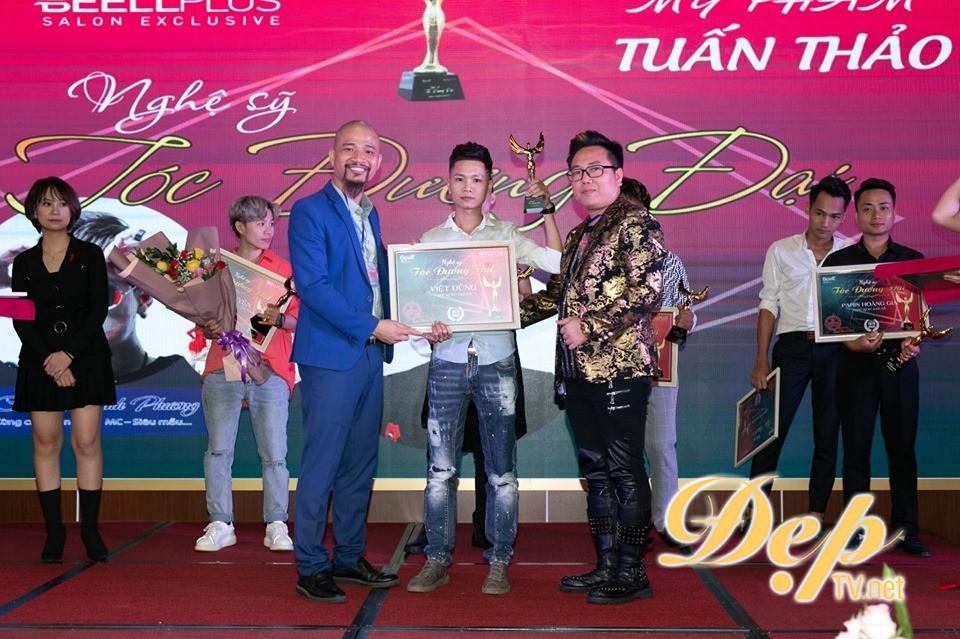 NTMT Việt Dũng đạt giải thưởng Nghệ sỹ trẻ xuất sắc 2019