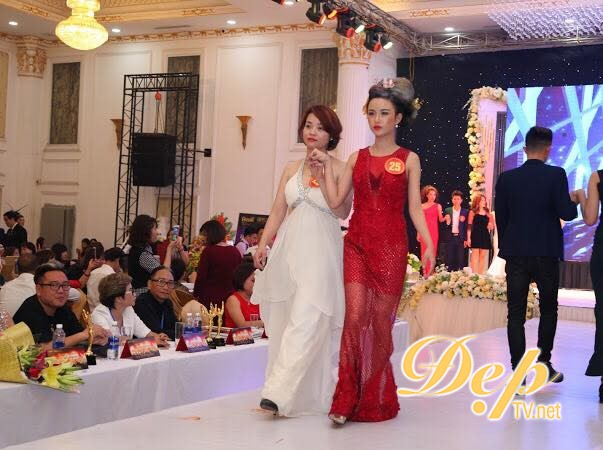 NTMT Đoàn Thu Thủy tỏa sáng trên sân khấu Nghệ sỹ tóc đương đại 2019