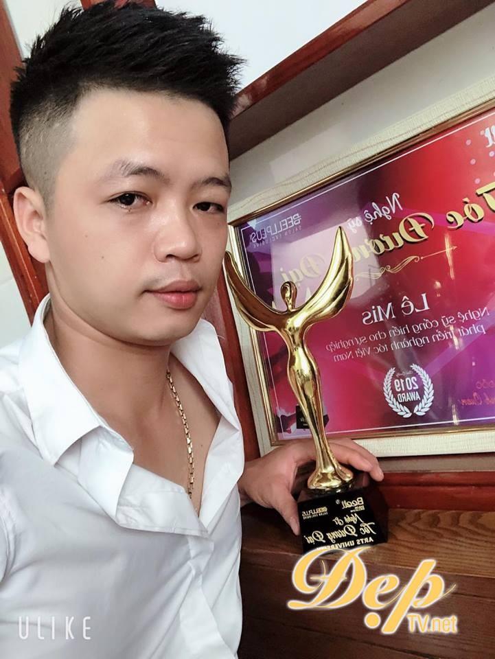 Nghệ sỹ cống hiến cho sự phát triển của ngành tóc Việt Nam – NTMT Lê Mis