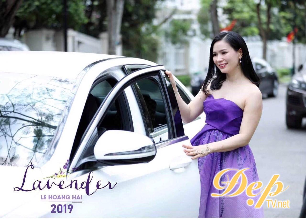Hoa hậu Thảo Nguyên lộng lẫy cùng BST Lavender của NTK Hoàng Hải