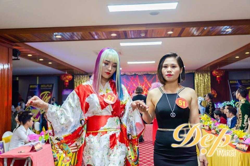 Nhà tạo mẫu tóc Nguyễn Thị Oanh xuất sắc nhận giải thưởng Nghệ sĩ trẻ xuất sắc nhất tại Hairshow Nghệ sĩ tóc đương đại 2019
