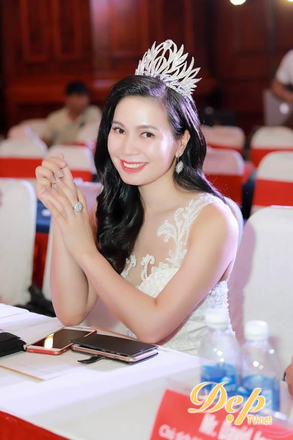 Hoa hậu Thảo Nguyên đảm nhận xuất sắc vai trò Trưởng ban cố vấn Oscars for Beauty 2018